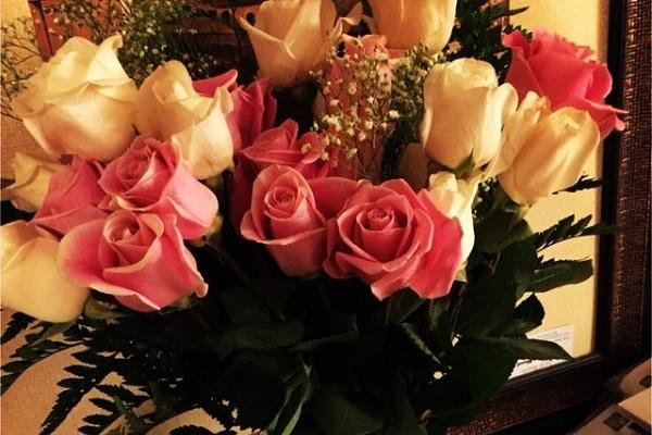 结婚纪念日送老婆什么花好 这四种鲜花寓意好